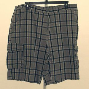 Beverly Hills Polo Club Gray Checked Shorts sz 42